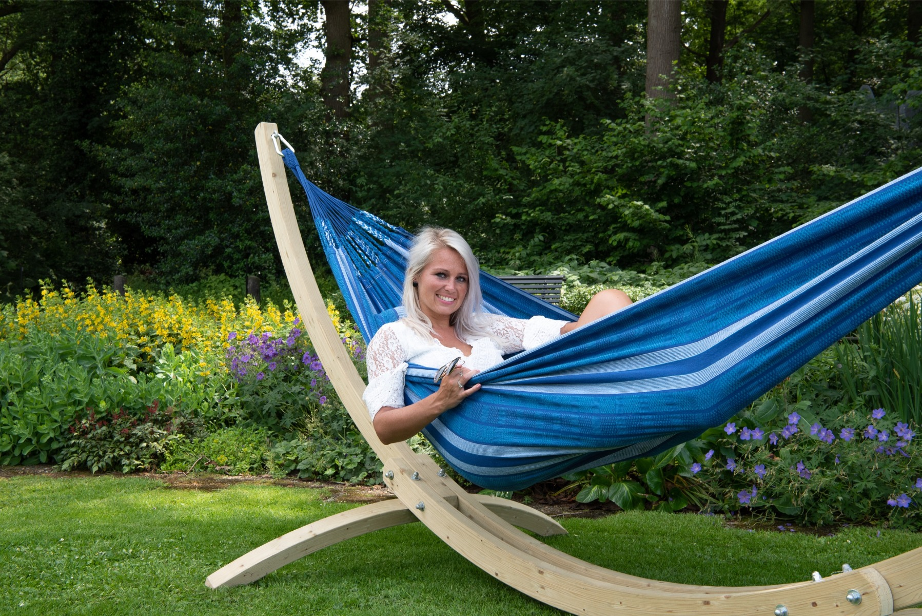 'Wood & Chill' Calm Tweepersoons Hangmatset - Blauw - Tropilex �