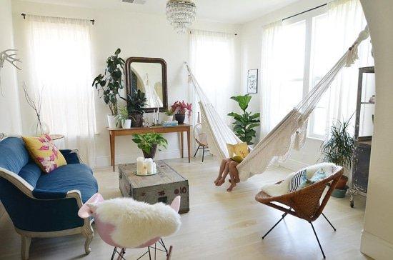 Kies een mooie plek in huis om je hangmat op te hangen